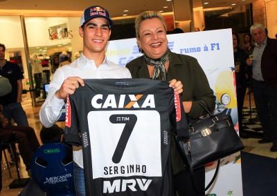 Sérgio Sette Câmara rumo à F1
